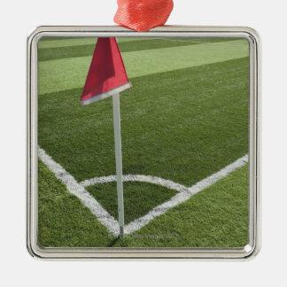 サッカー競技場の赤い角の旗 メタルオーナメント