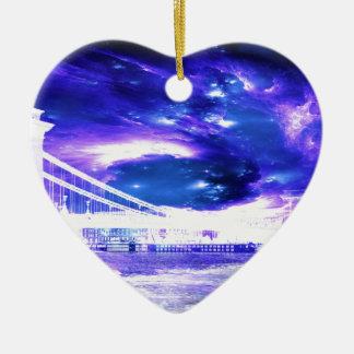 サファイアのブダペストの紫色の夢 セラミックオーナメント