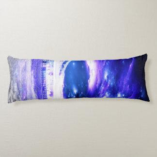サファイアのブダペストの紫色の夢 ボディピロー