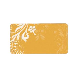 サフランの黄色い花の結婚式のブランクの宛名ラベル ラベル