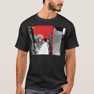 サボテンの庭の細道 Tシャツ