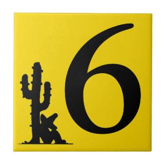 サボテンの黄色の熱い数による昼寝6 6枚のタイル タイル