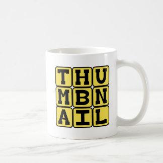 サムネイル、小さい下検分のイメージ コーヒーマグカップ