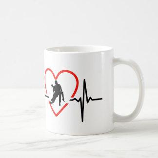 サルサの心拍のデザイン コーヒーマグカップ
