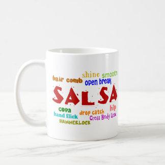サルサの踊りの恋人のダンスの移動および言葉 コーヒーマグカップ