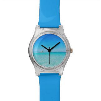 サルジニアの腕時計のstintinoのlaのpelosaのビーチ 腕時計