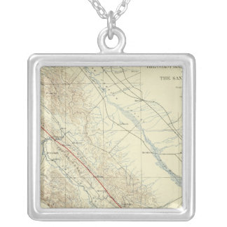 サンアンドレアスの切れ間を示すコースト山脈 シルバープレートネックレス