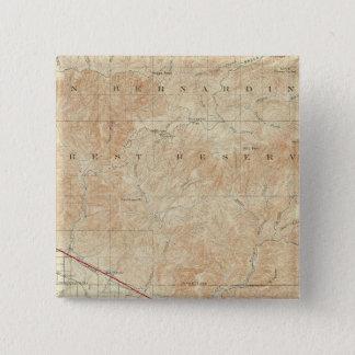 サンアンドレアスの切れ間を示すRedlandsの四角形 5.1cm 正方形バッジ