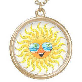 サングラスのネックレスが付いている夏の日曜日の漫画 ゴールドプレートネックレス