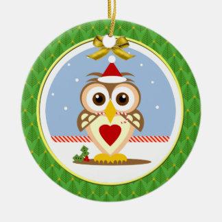 サンタのフクロウのメリーなやじり声mas円形のオーナメント セラミックオーナメント