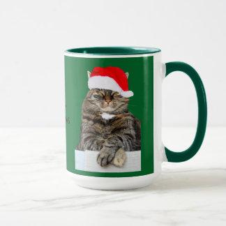 サンタの帽子が付いているクリスマス猫のばかばかしい写真 マグカップ