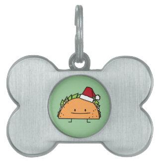 サンタの帽子のクリスマスの貝肉サルサを身に着けているタコス ペットネームタグ