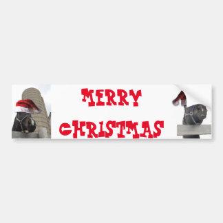 サンタの帽子を持つメリークリスマスの馬 バンパーステッカー