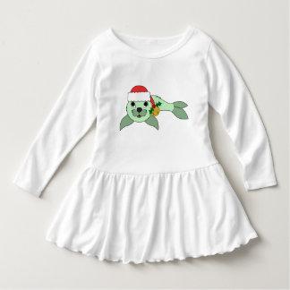 サンタの帽子及び金ゴールド鐘の薄緑の子どものアシカ ドレス