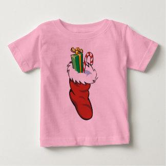 サンタの満たされたストッキング ベビーTシャツ