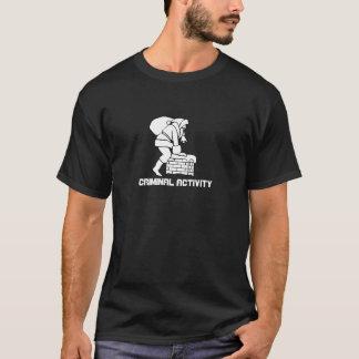 サンタの煙突: 犯罪行為 Tシャツ