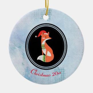 サンタの赤い帽子のメリークリスマスのオレンジキツネ セラミックオーナメント