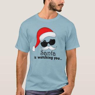 サンタは人の基本的な暗いTシャツ見ています Tシャツ