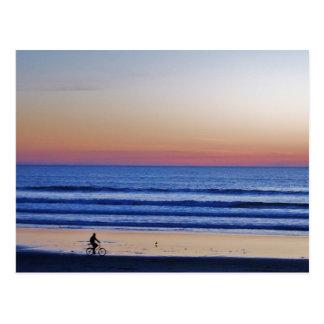 サンタクルスのビーチのCrusierの日没 ポストカード