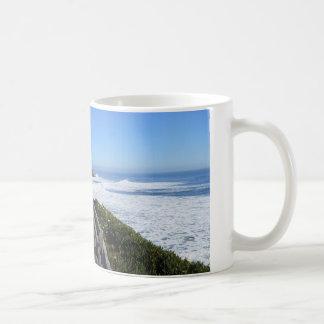 サンタクルスのCA.の海岸線 コーヒーマグカップ
