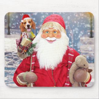 サンタクロースwのクリスマスのギフトのビーグル犬犬 マウスパッド
