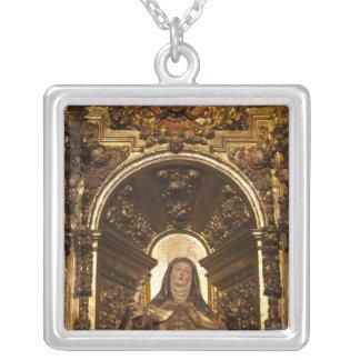 サンタテレサ2を表す宗教芸術 シルバープレートネックレス