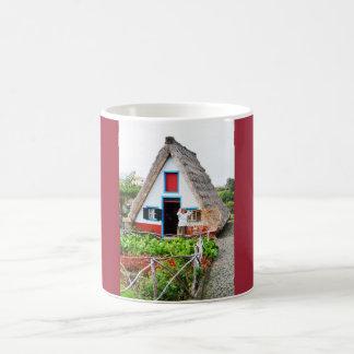 サンタナの伝統的な家 コーヒーマグカップ