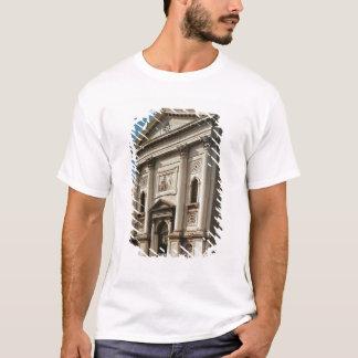 サンタマリアのdellaの教会の正面 tシャツ