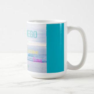 サンディエゴのビーチのマグ コーヒーマグカップ