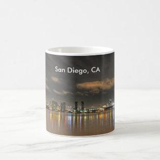 サンディエゴの都心のマグ コーヒーマグカップ