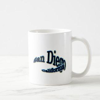 サンディエゴの青い波 コーヒーマグカップ