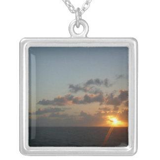 サンファンIプエルトリコ海景上の日の出 シルバープレートネックレス