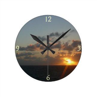 サンファンIプエルトリコ海景上の日の出 ラウンド壁時計
