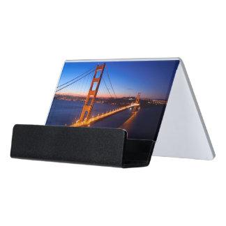 サンフランシスコおよびゴールデンゲートブリッジ上の夜明け デスク名刺ホルダー