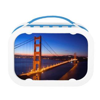 サンフランシスコおよびゴールデンゲートブリッジ上の夜明け ランチボックス