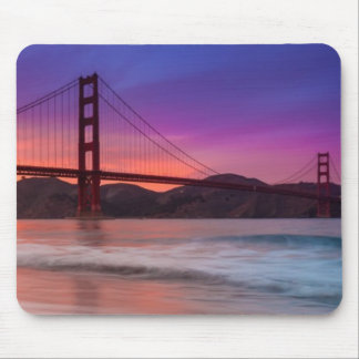 サンフランシスコのゴールデンゲートブリッジの捕獲 マウスパッド