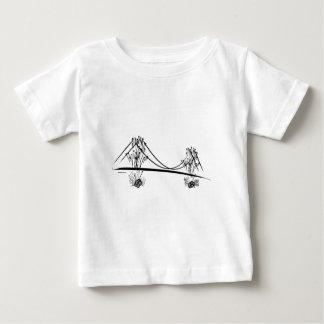 サンフランシスコのゴールデンゲート礁のワイシャツ ベビーTシャツ