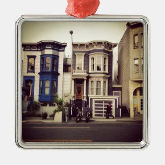 サンフランシスコのユニークで青および紫色の家 メタルオーナメント