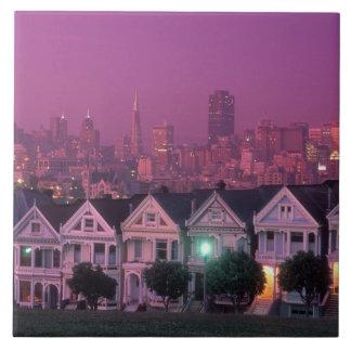サンフランシスコの日没の長屋、 タイル