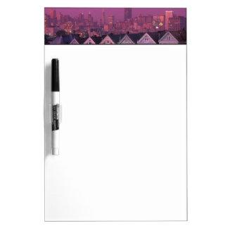 サンフランシスコの日没の長屋、 ホワイトボード