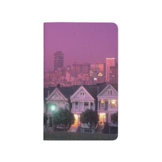 サンフランシスコの日没の長屋、 ポケットジャーナル
