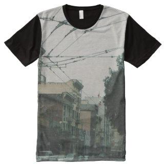 サンフランシスコの通り オールオーバープリントT シャツ