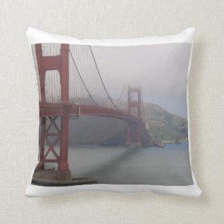 サンフランシスコの霧深い枕 クッション