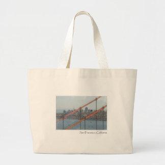 サンフランシスコカリフォルニアのゴールデンゲートブリッジ ラージトートバッグ