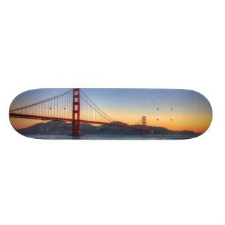 サンフランシスコ湾の道からのゴールデンゲートブリッジ 21.6CM オールドスクールスケートボードデッキ