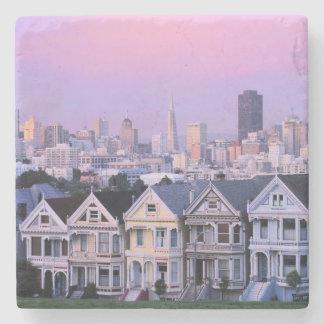 サンフランシスコ、カリフォルニア。 ビクトリア時代の人の眺め ストーンコースター