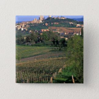 サン・ジミニャーノの村は圧延に坐ります 5.1CM 正方形バッジ