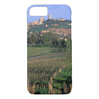 サン・ジミニャーノの村は圧延に坐ります iPhone 8/7ケース