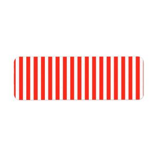 サーカスの赤と白の小屋は縞で飾ります ラベル