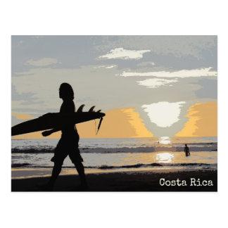 サーファーのコスタリカの日没の郵便はがき ポストカード
